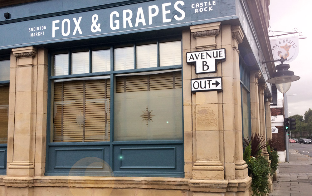 Fox and Grapes pub exterior design photo